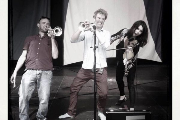 TWO TRUMPETS AND A FIDDLE!