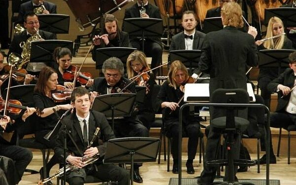 CONCERTO FOR UILLEANN PIPES AND ORCHESTRA WITH THE DUBLIN PHILHARMONIC ORCHESTRA